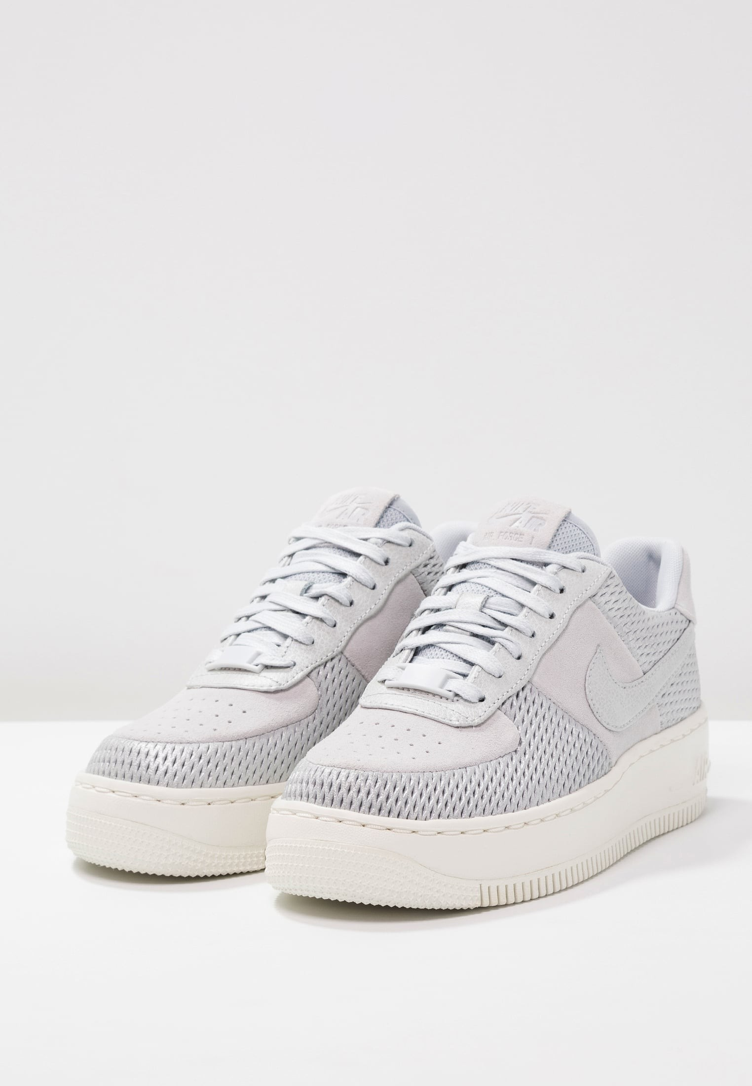 chaussure nike homme force one
