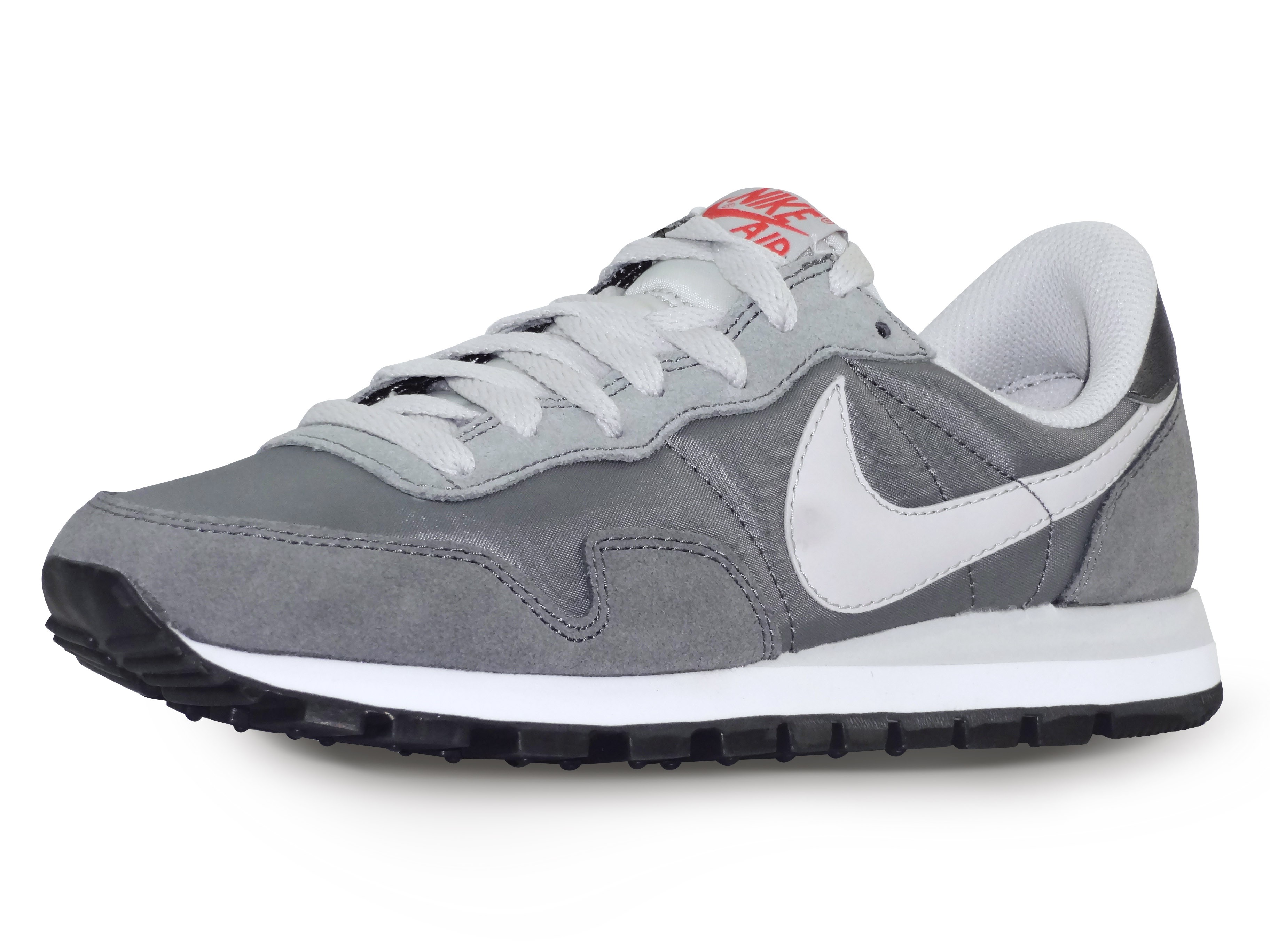 basket homme nike air pegasus